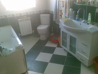 1600 X 1200 236.6 Kb 1200 X 1600 235.5 Kb 1600 X 1200 225.2 Kb ремонт любой сложности, квартиры ,ванных комнат.
