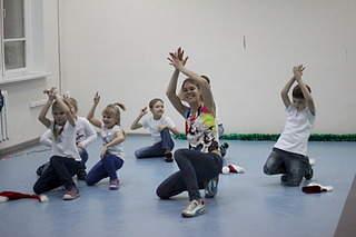 1920 X 1280 490.9 Kb 1920 X 1280 508.3 Kb 1920 X 1280 516.5 Kb 1920 X 1280 478.4 Kb Full HOUSE Dance studio - Танцевальные группы хип-хоп, контемпорари, хаус, акройога!