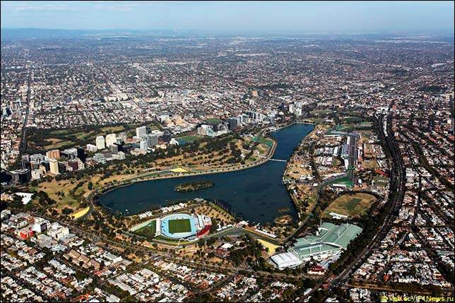 an overview of the costs of the grand prix at albert park melbourne Summary the australian grand prix (start-time 610am) coverage of the opening round of the season at albert park, melbourne.