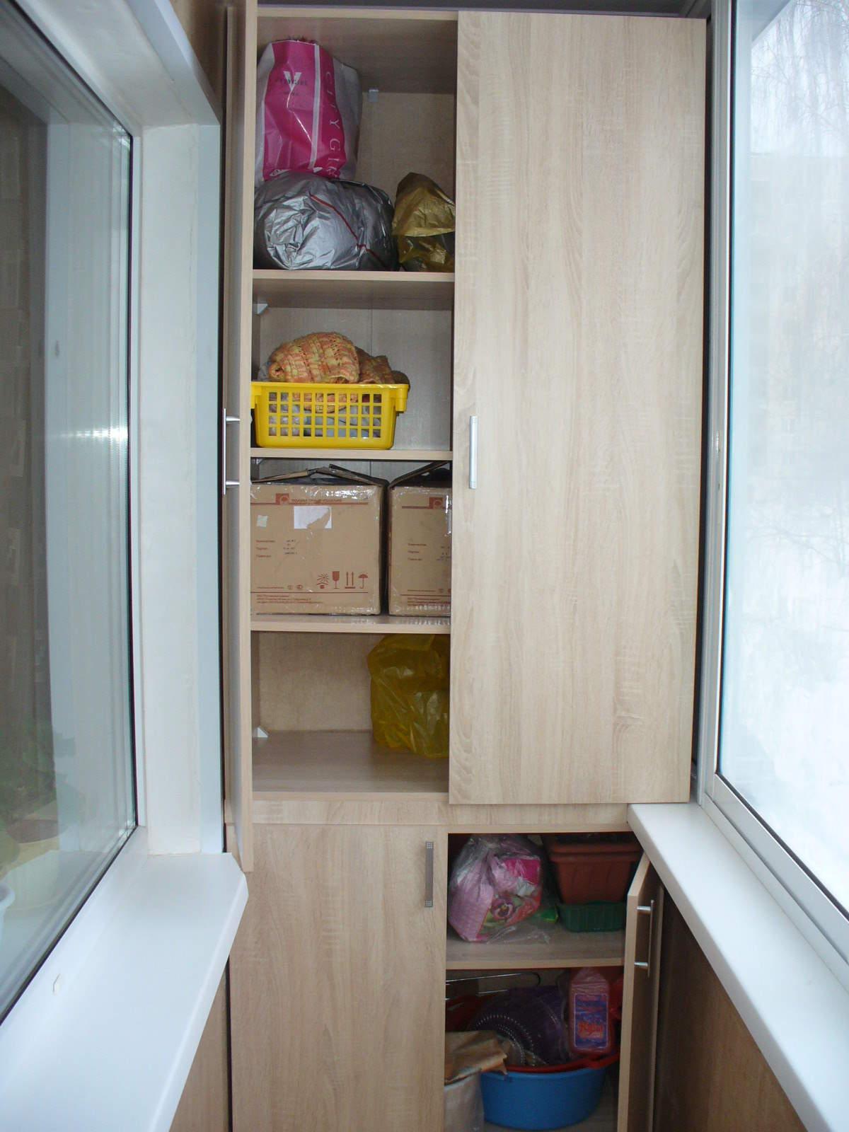 Шкафы на лоджии и балконы.