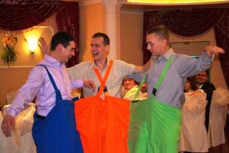 Костюмы на свадьбу для конкурсов своими руками