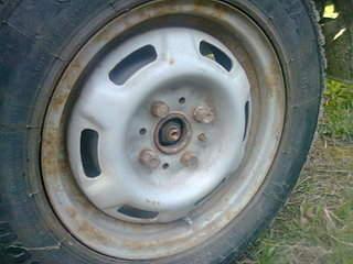 1600 X 1200 452.1 Kb Окраска автомобильных дисков