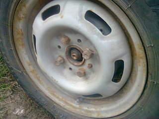 1600 X 1200 423.3 Kb 1600 X 1200 452.1 Kb Окраска автомобильных дисков