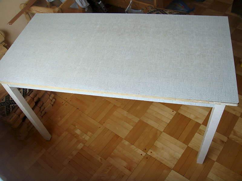 1920 X 1440 196.2 Kb продается стол на 4 ножках, двухярусная кровать из дерева ,диван, кровать и др.
