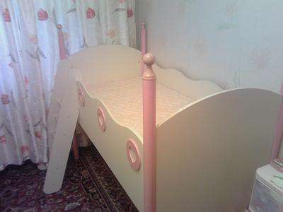 800 X 600 647.8 Kb Детская кровать (3-7 лет) бу