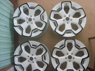 1920 X 1440 225.1 Kb 1920 X 1440 192.2 Kb Окраска автомобильных дисков