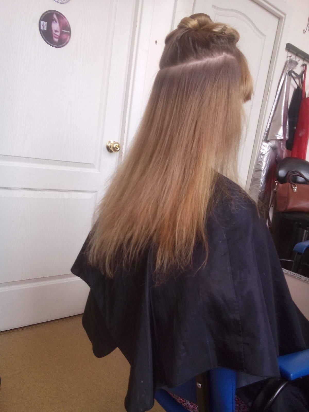 Как наращивают волосы и вредно ли это