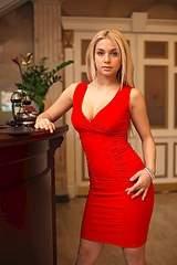 480 X 720 79.0 Kb 682 X 1024 76.2 Kb Огромный выбор красивых платьев! СУПЕР ЦЕНА всего 990! количество ограничено!