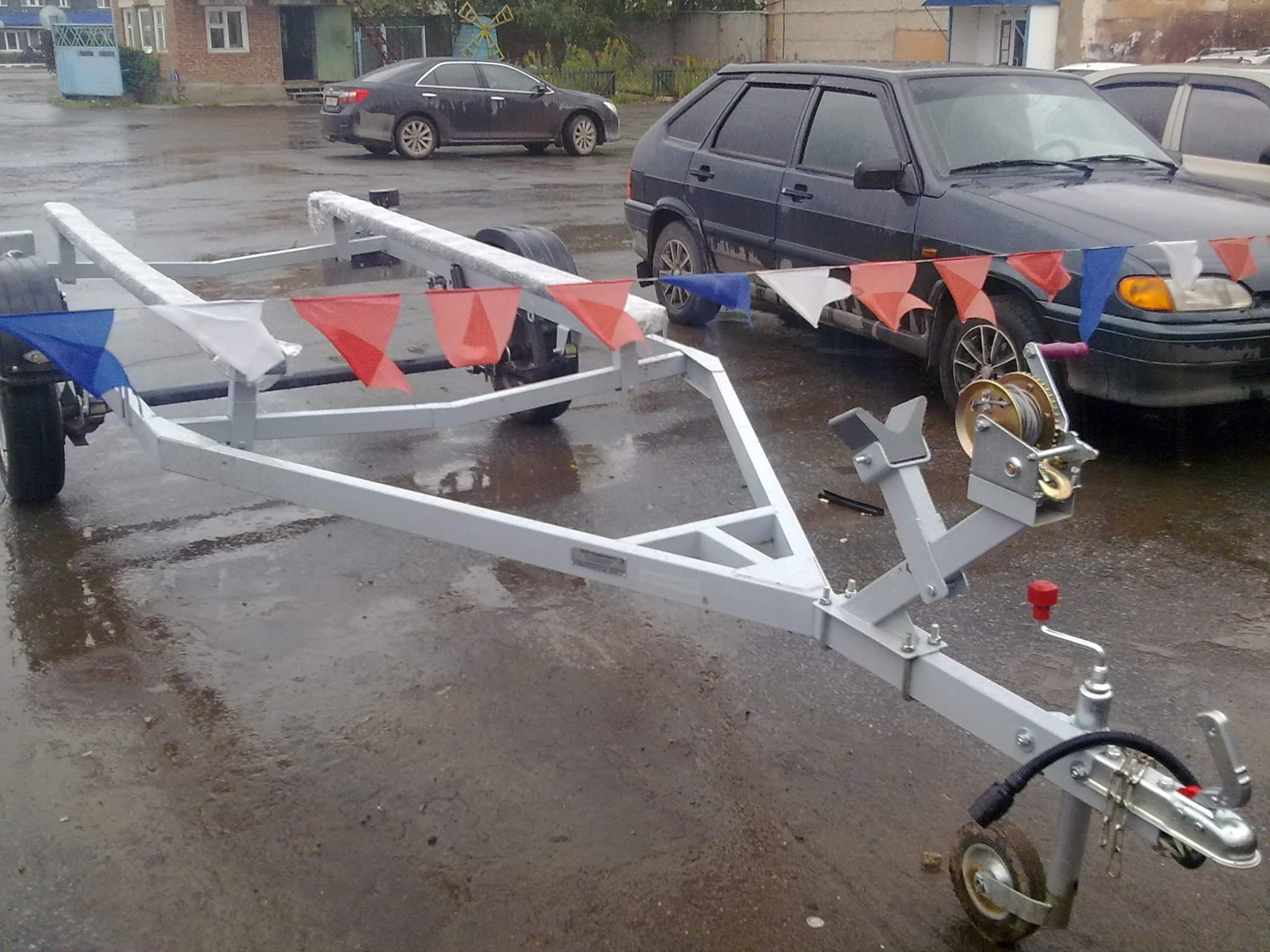 Прицеп для лодки своими руками - инструкция по изготовлению 52