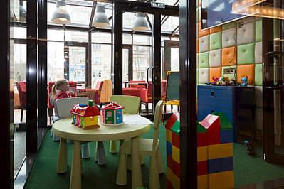 1900 X 1267 280.3 Kb Подскажите Кафе с детской комнатой или аниматорами