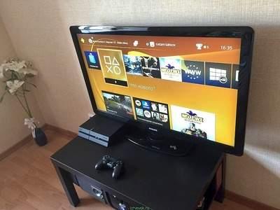 продам сони плейстейшен 4 (Sony PlayStation 4 500g)