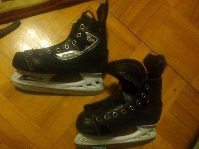 хоккейные коньки бу CCN 35 размер