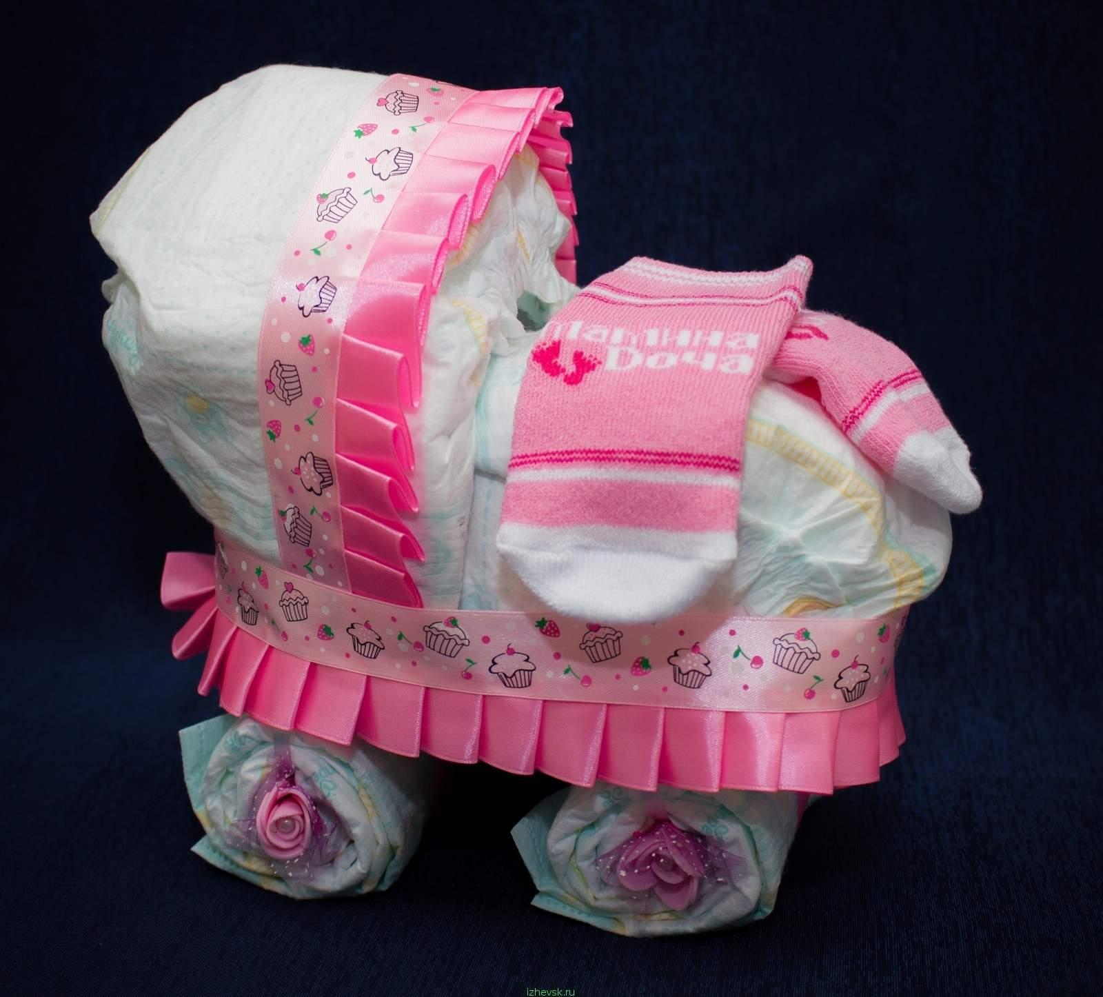 Подарки из памперсов для девочек