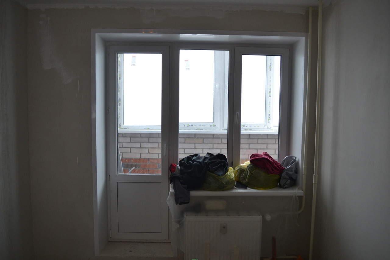 Продам пластиковые окна с новостройки.