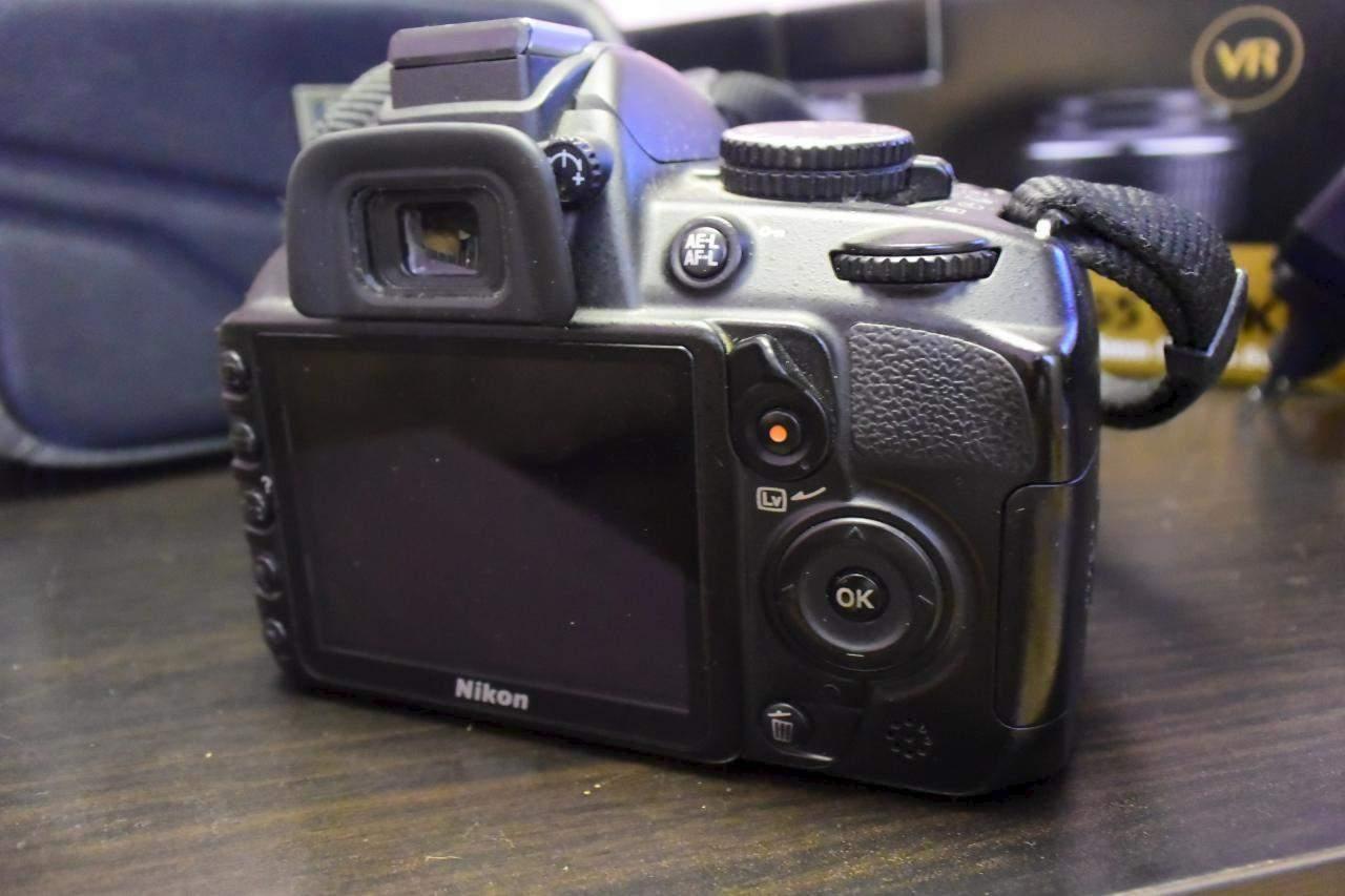 Nikon 3100 как сделать размытый фон