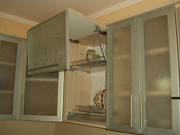 Верхние шкафы кухни своими руками