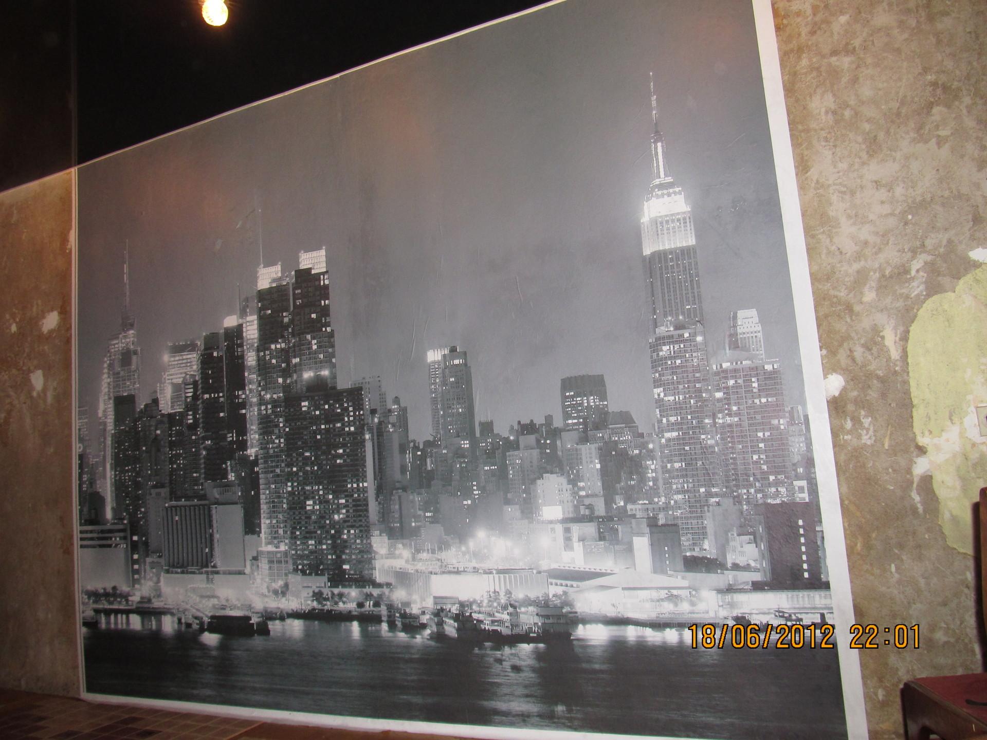 фото обои на стене в рамке