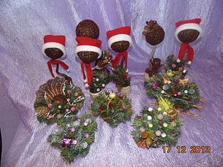 1920 X 1440 472.1 Kb Полезные подарки. (Декор новогодних бытылочек, топиарии,кофейные деревья, часы)