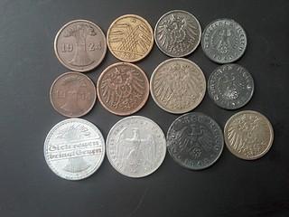 1920 X 1440 559.3 Kb иностранные монеты