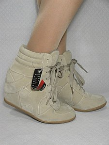 453 X 604 42.4 Kb ПРОДАЖА обуви, сумок, аксессуаров:.НОВАЯ ТЕМА:.