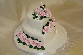 1920 X 1280 382.0 Kb Свадебный торт!