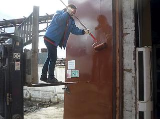 979 X 734 416.2 Kb 979 X 734 366.3 Kb Делаем покраску древесины в лоджии или на балконе. Мастер-класс.