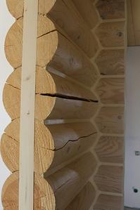 682 X 1024 375.1 Kb Отделка деревянных домов: шлифовка,покраска,конопатка,теплый шов (фото).