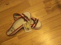 1152 X 864 444.0 Kb Продажа детской обуви