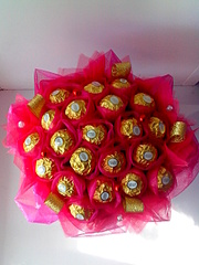 1920 X 2560 347.7 Kb 1920 X 2664 280.9 Kb 1920 X 2640 361.0 Kb Букеты из конфет. Сладкие подарки.