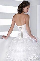 319 X 480 15.6 Kb Свадебные платья-продажа