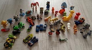 1920 X 1056 486.0 Kb 'Обмен игрушками из Киндер сюрпризов'