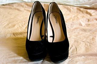 1920 X 1280 631.6 Kb 1920 X 1280 550.9 Kb ПРОДАЖА обуви, сумок, аксессуаров:.НОВАЯ ТЕМА:.
