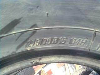 1600 X 1200 128.3 Kb шина Б/У 275/70 R-16. для внедорожника,
