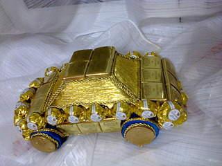 1920 X 1440 622.1 Kb 1920 X 1440 711.8 Kb Букеты из игрушек, сладкие букеты, украшения из фоамирана, открытки, топиарии и др.