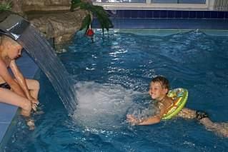 """1280 X 855 265.5 Kb Скидка 20% для семей с детьми в СПА-комплексе """"Парк-Отеля"""""""