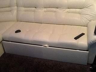 960 X 720 159.1 Kb Кто занимается Перетяжкой мебели?