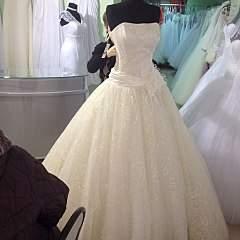 960 X 960 146.1 Kb 960 X 960 152.5 Kb Свадебные платья-продажа