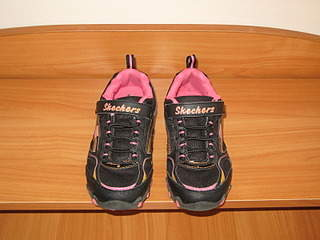 1600 X 1200 821.3 Kb Продажа детской обуви