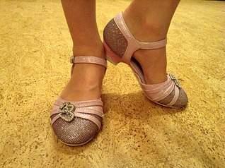 2048 X 1529 368.1 Kb 2048 X 1529 991.1 Kb Продажа детской обуви