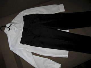 1920 X 1440 125.0 Kb 1920 X 1440 196.6 Kb Продажа одежды для детей.