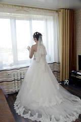 1920 X 2876 292.0 Kb Свадебные платья-продажа