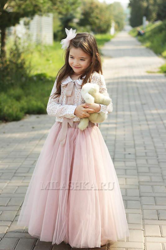 1717fc13c52 533 X 800 129.7 Kb Нарядные платья и костюмы - cбор!Пышные юбки! качество  ...