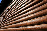 1300 X 867 446.6 Kb 1200 X 800 398.4 Kb Шлифовка, покраска, конопатка, герметизация деревянных домов и бань. Профессионально!