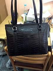 720 X 960 166.2 Kb Эксклюзивные кожаные сумки, с аппликациями и без. Раздачи 31.08 и 1.09.