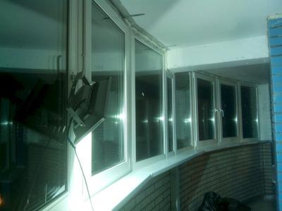 Окна пвх rehau.. застекление балконов, лоджий, рулонные штор.