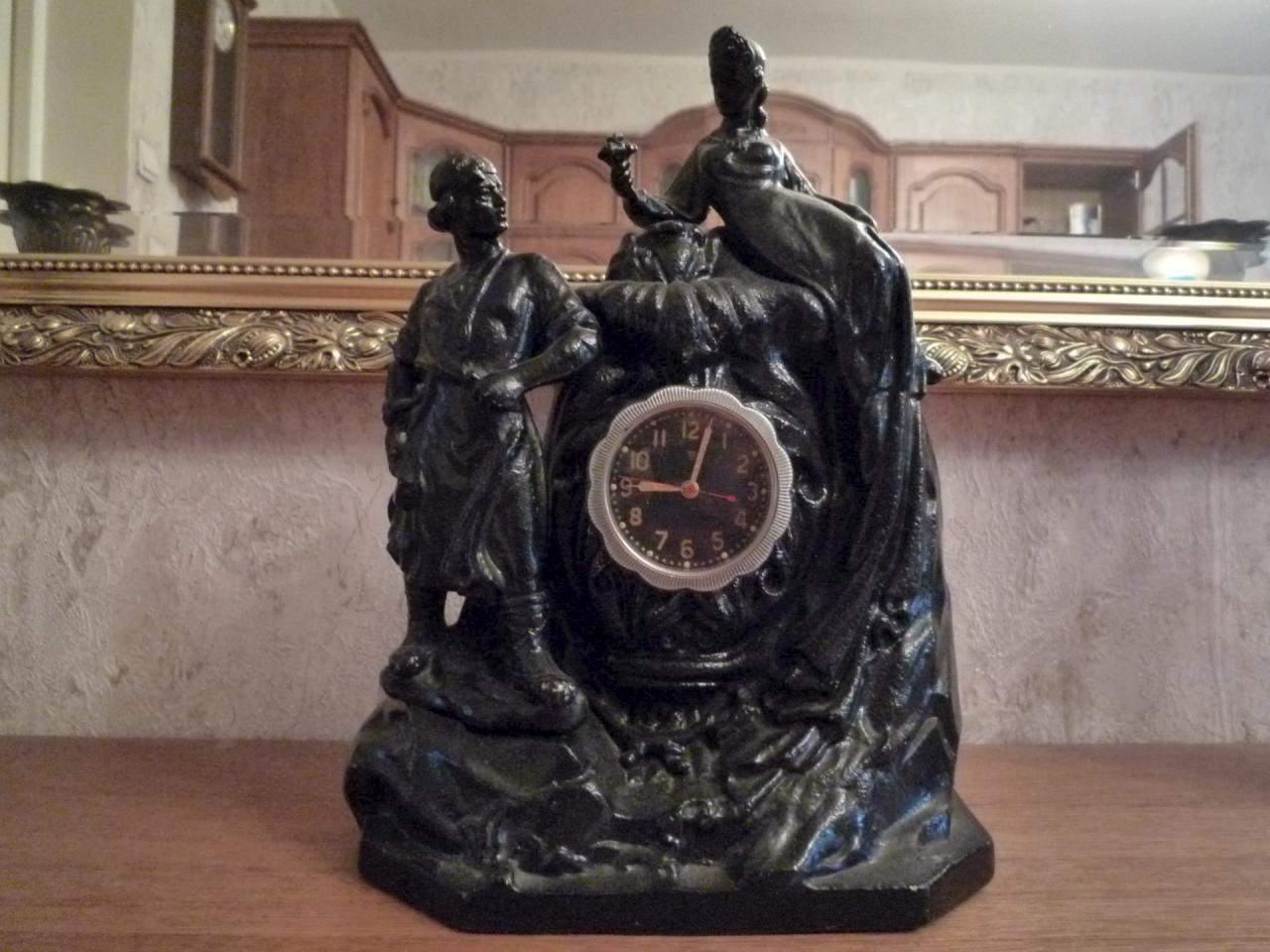 Фото часов в каслинском литье набито